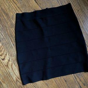 Bebe black, bandage skirt